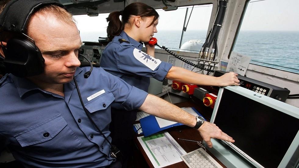 لندن: 3 قوارب إيرانية حاولت اعتراض ناقلة نفط بريطانية في مضيق هرمز