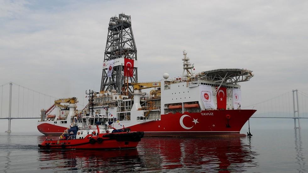 الاتحاد الأوروبي يتوعد تركيا بمزيد من الإجراءات حال استمرار تنقيبها في المتوسط