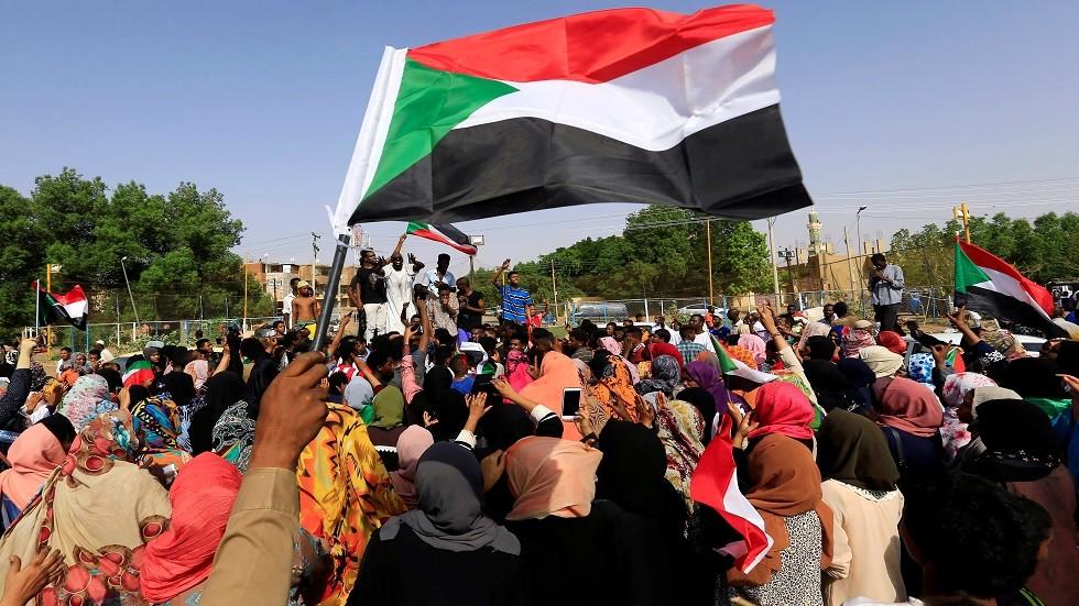 الوسيط الإفريقي في السودان يجري اجتماعات منفصلة مع
