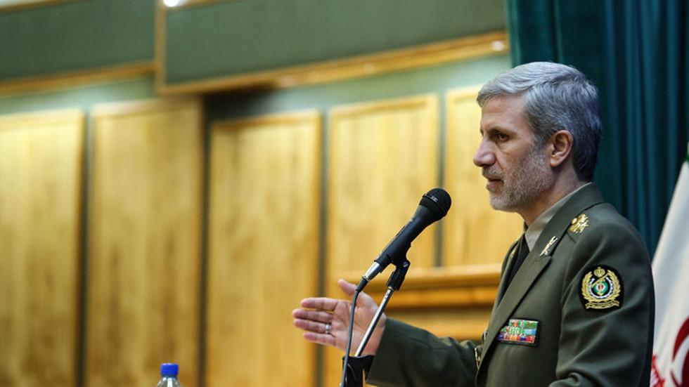 وزير الدفاع الإيراني: سنرد بحزم على كل من ينتهك سيادتنا