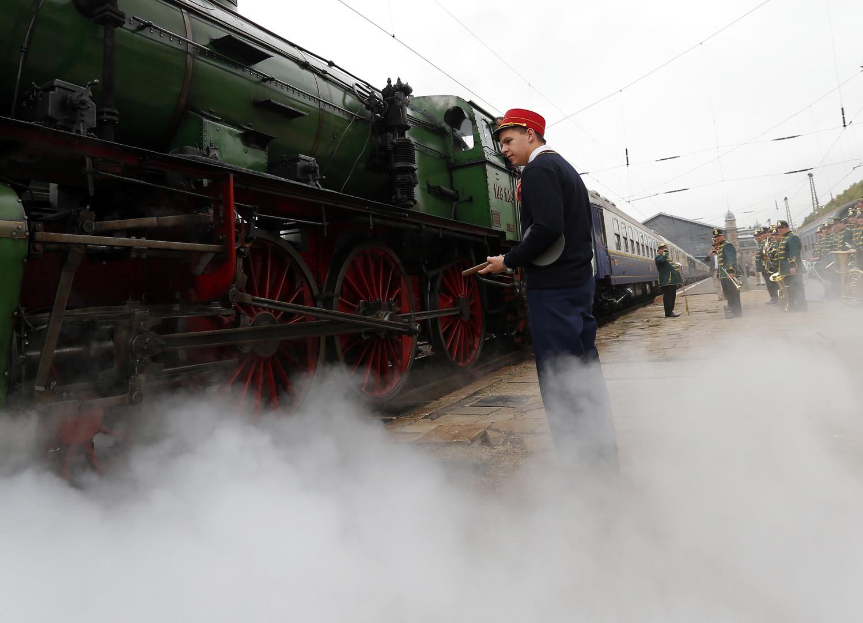 الحياة تعود إلى قطار طهران أنقرة