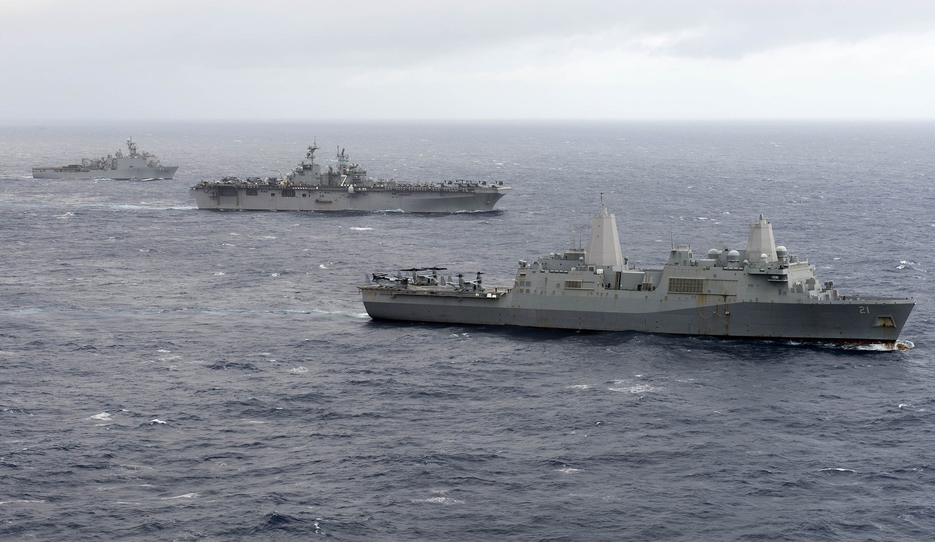 الأسطول السادس الأمريكي يستعد لاصطياد الناقلات الروسية في البحر الأبيض المتوسط