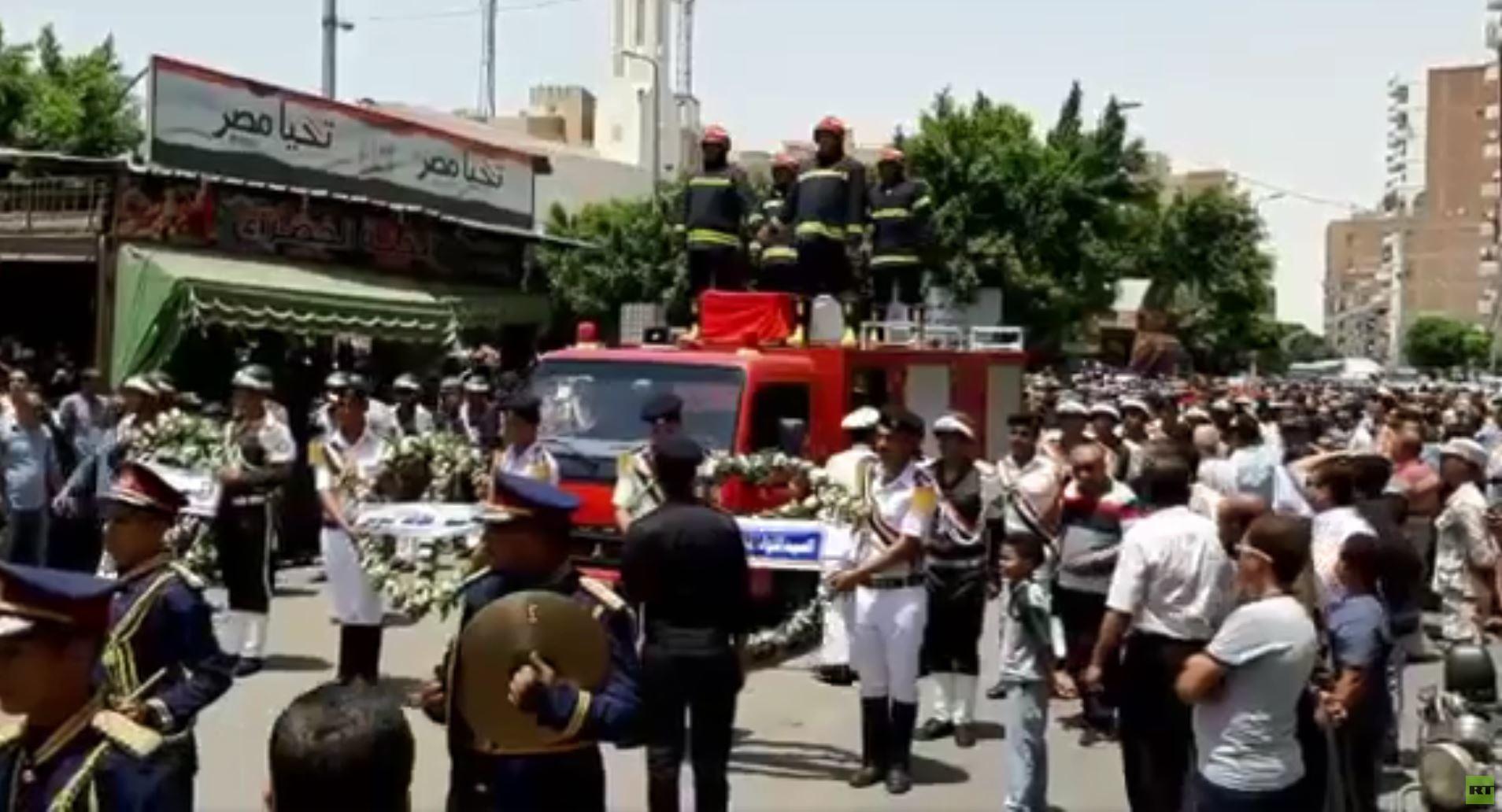 وفاة ضابط مصري خلال تأمين مباراة الجزائر وكوت ديفوار (فيديو)