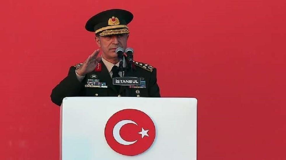 وزير الدفاع التركي: جنودنا يواصلون التدرب في تركيا وروسيا على نصب واستخدام منظومة