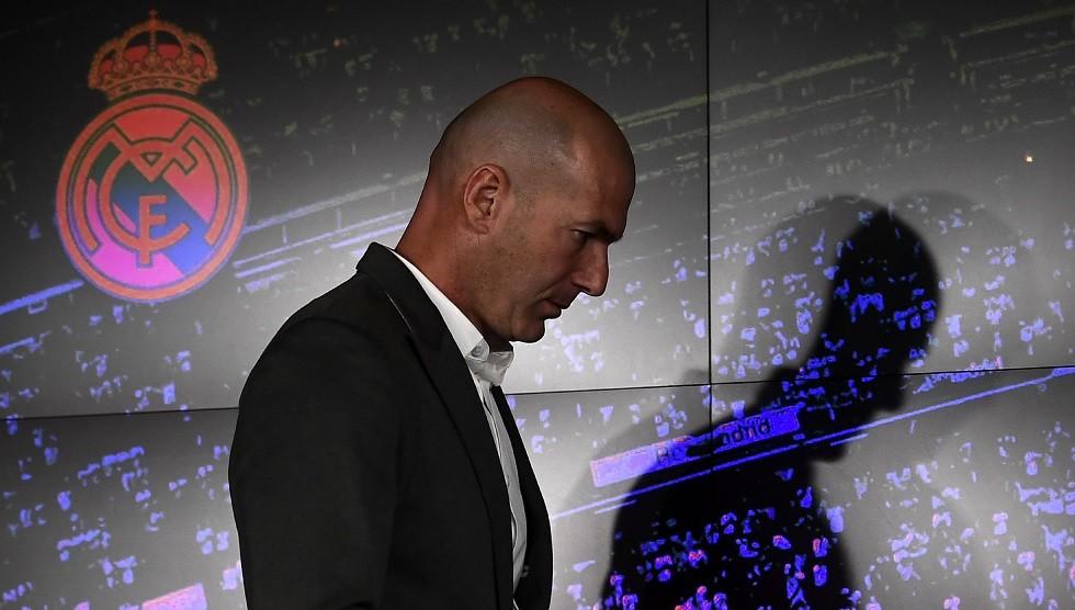 ريال مدريد  يعلن وفاة  فريد زيدان