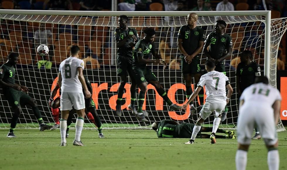 شاهد.. الجزائر تهزم نيجيريا بهدف قاتل وتبلغ نهائي كأس إفريقيا