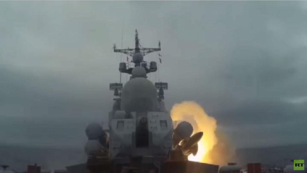 مناورات عسكرية روسية في بحر اليابان واختبار ناجح لصواريخ