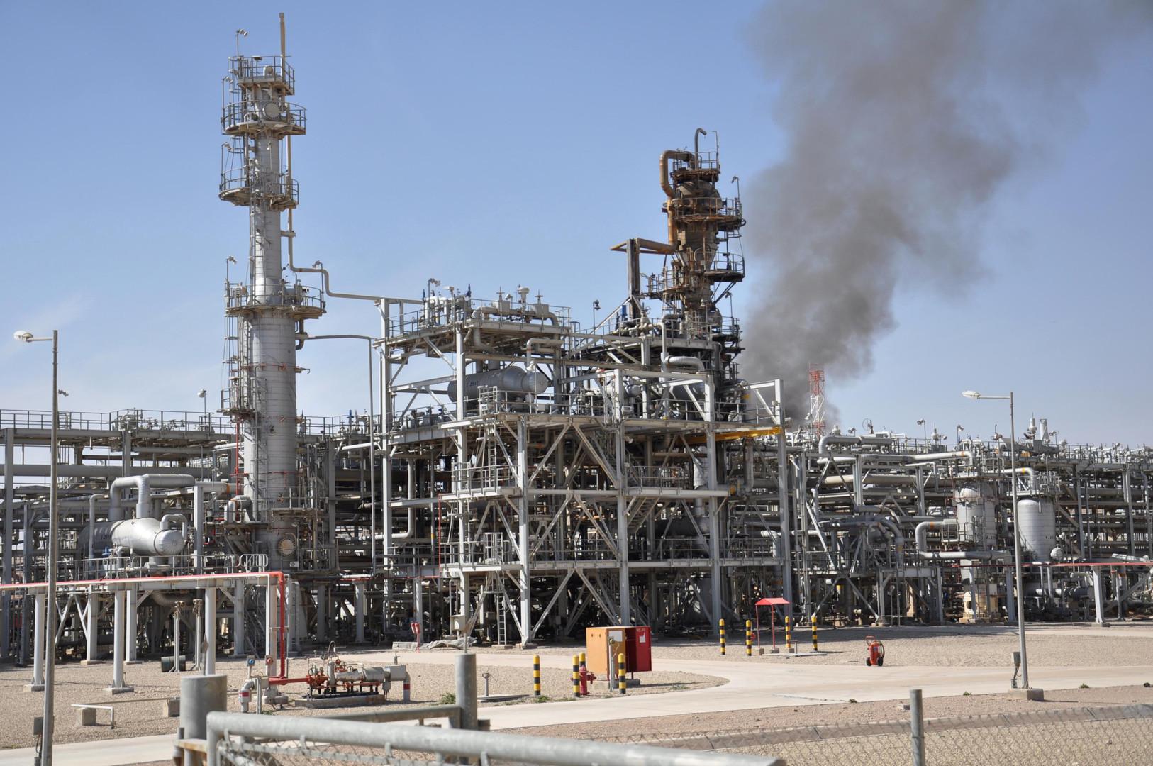 سوريا.. إصلاح خط رئيسي لنقل الغاز وسط البلاد بعد تعرضه للتخريب