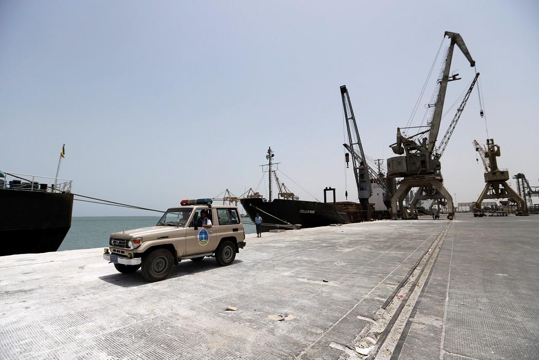 طرفا النزاع اليمني يبحثان إعادة الانتشار في ميناء الحديدة