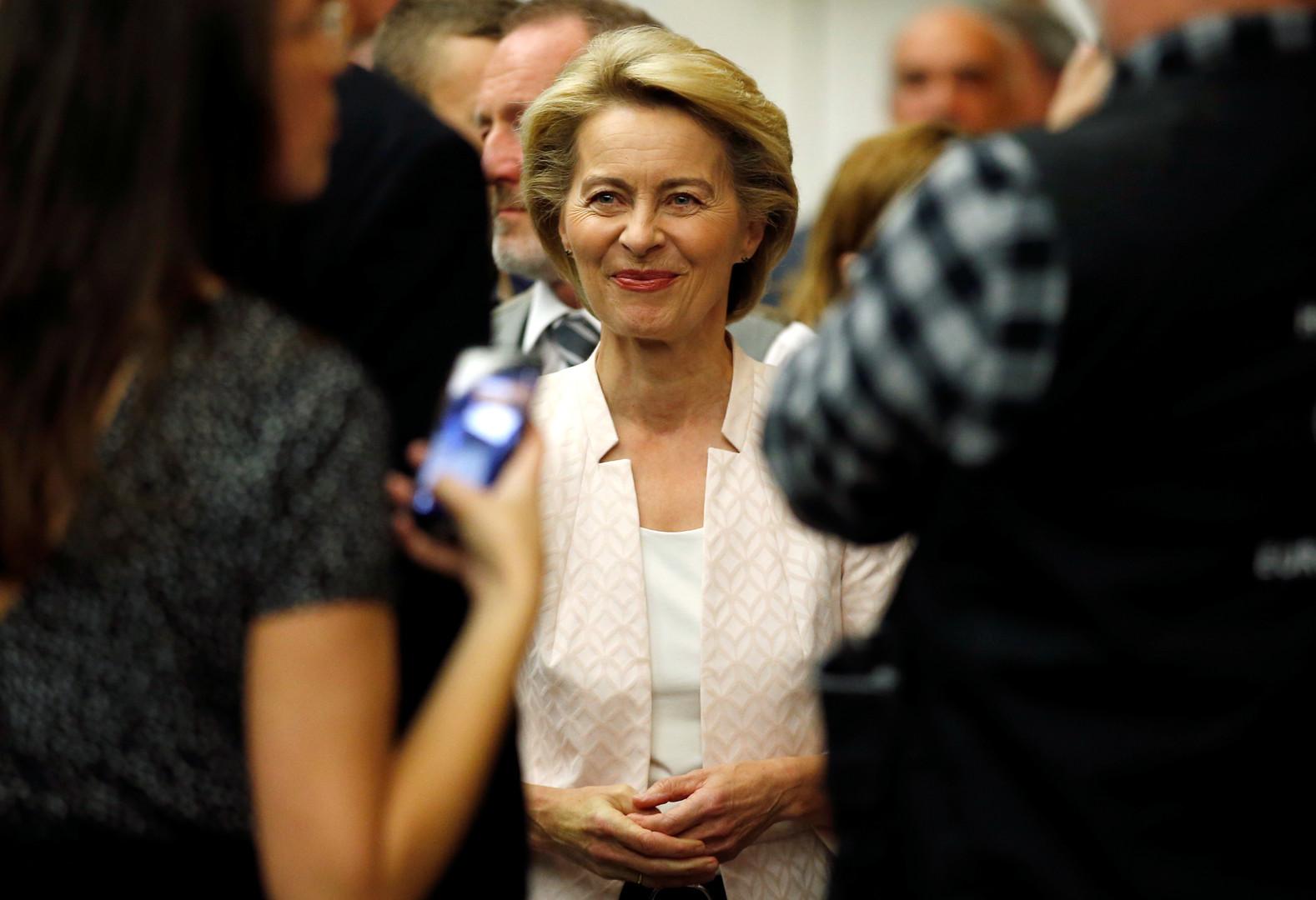 وزيرة الدفاع الألمانية ستستقيل بغض النظر عن نتيجة تصويت البرلمان الأوروبي