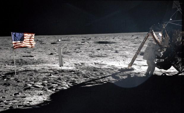 8 حقائق غريبة لا تعرفها عن الهبوط على القمر!