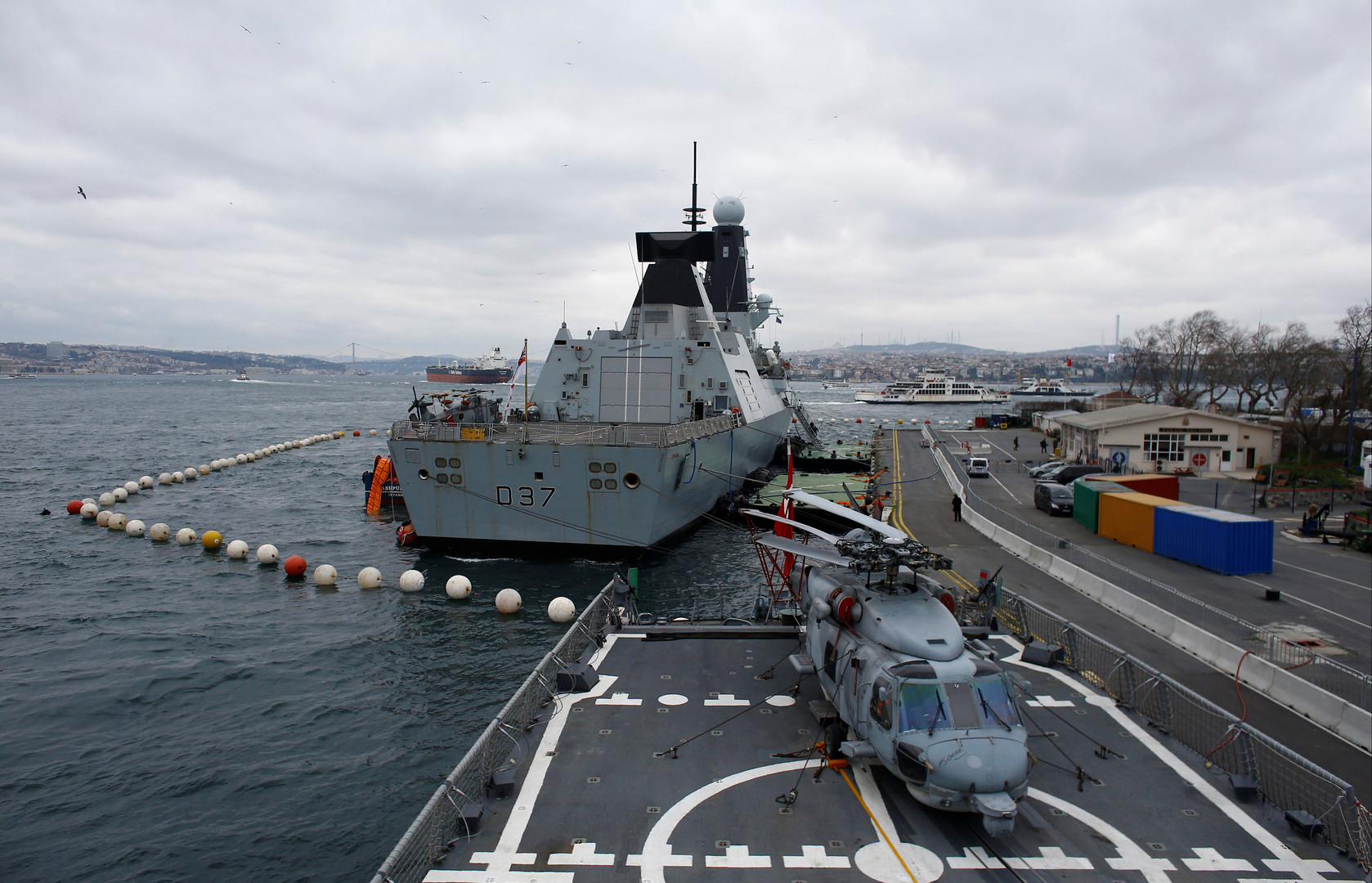 وثيقة رسمية تكشف حقيقة الحشد العسكري البحري البريطاني في الخليج