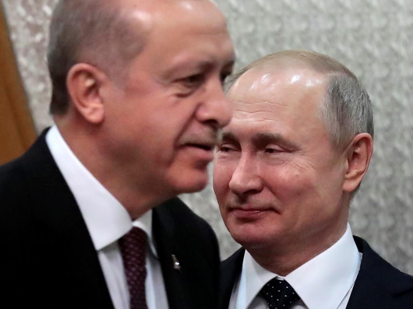 ما الفائدة الجيوسياسية التي تجنيها روسيا وتركيا من إس-400