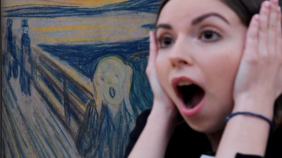 معرض فنان تشكيلي نرويجي يحقق نجاحا مبهرا في موسكو
