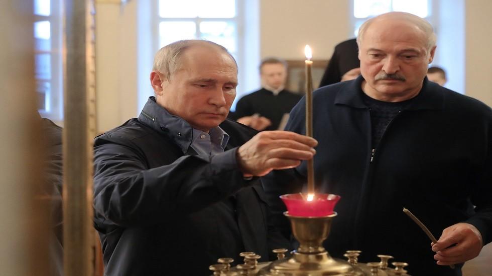 إيقونتا مريم العذراء لبوتين ولوكاشينكو