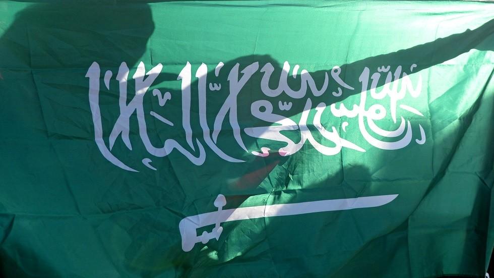 السعودية تعدم 3 مدانين انتحلوا صفة رجال الأمن وجردوا امرأة من ملابسها