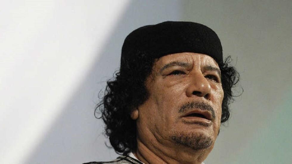 الرئيس الليبي الراحل العقيد معمر القذافي
