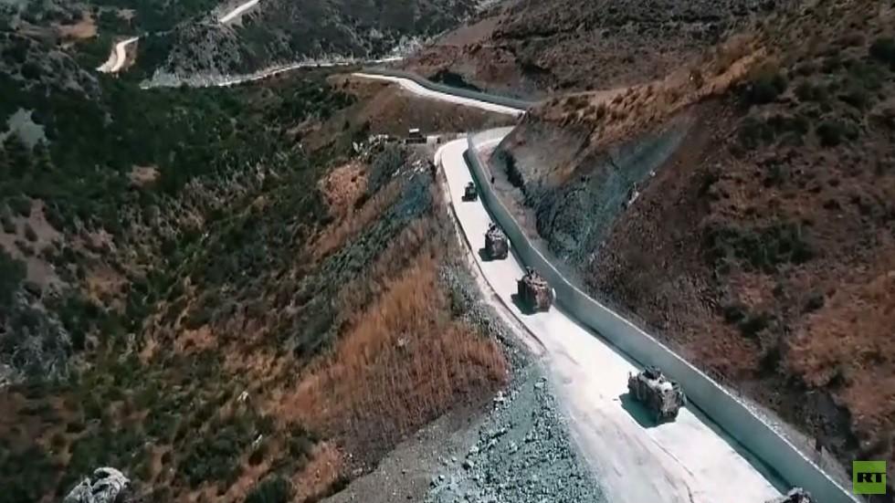 تعزيزات عسكرية تركية إلى الحدود السورية