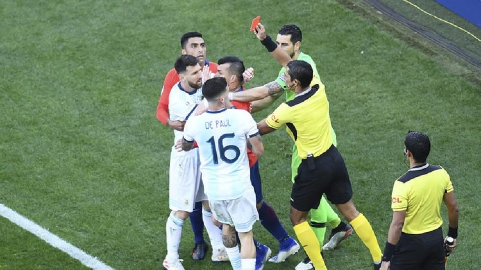 ميسي يتراجع عن انتقاداته ويعتذر لاتحاد أمريكا الجنوبية