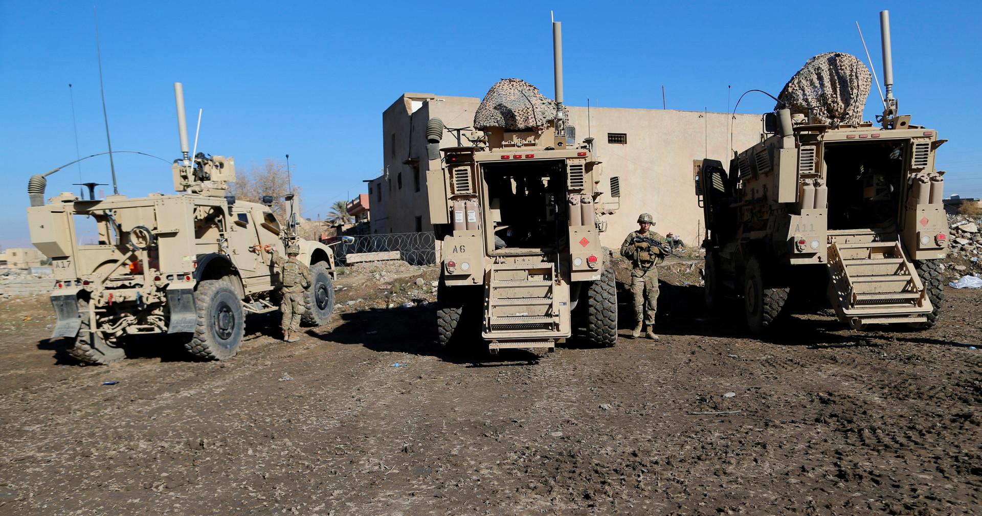 مسؤول عراقي لـRT: انسحاب قوة أمريكية من الأنبار