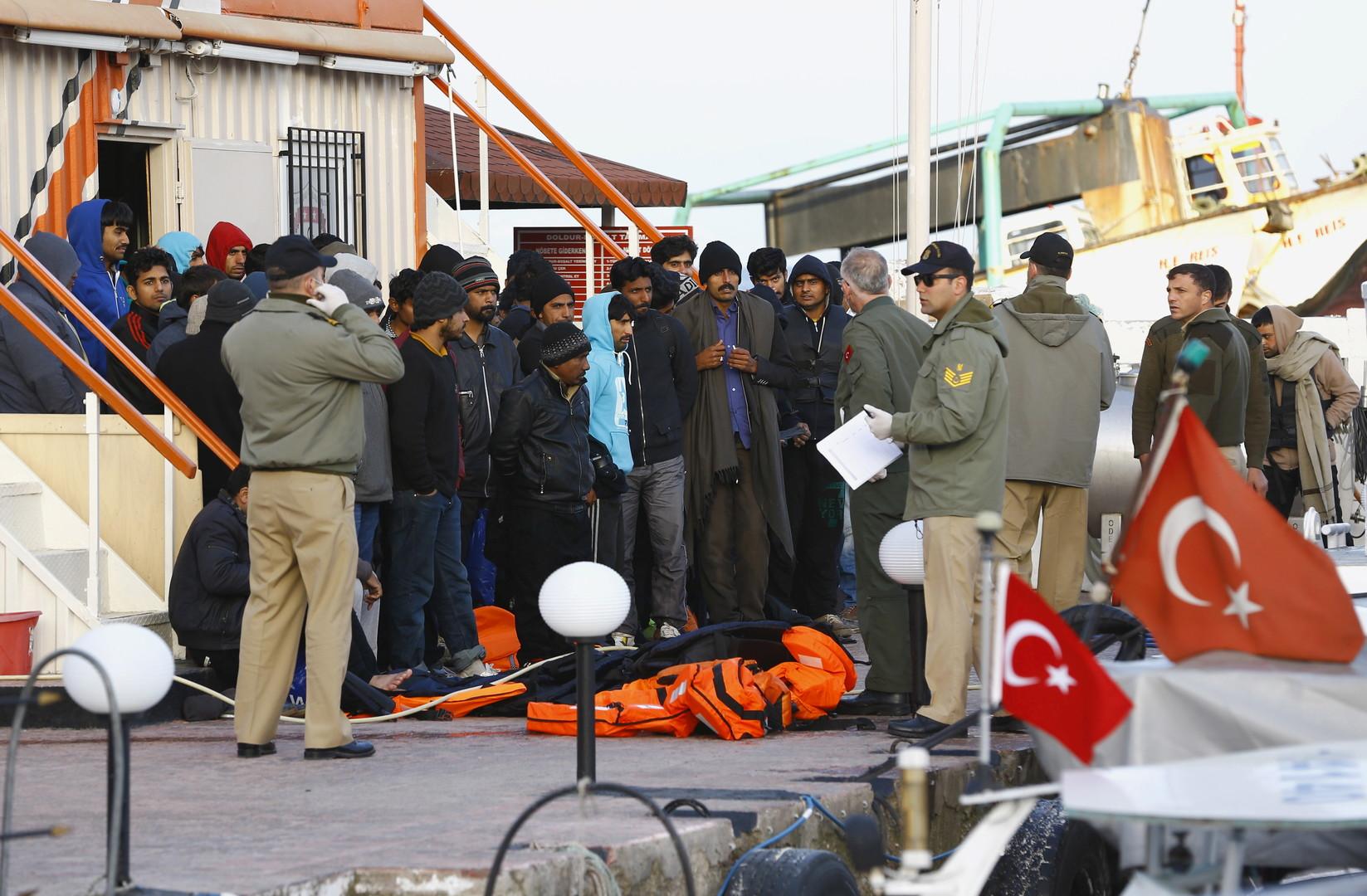 وزير الداخلية التركي: لو فتحتا حدودنا أمام المهاجرين لن تصمد حكومات أوروبا 6 أشهر!