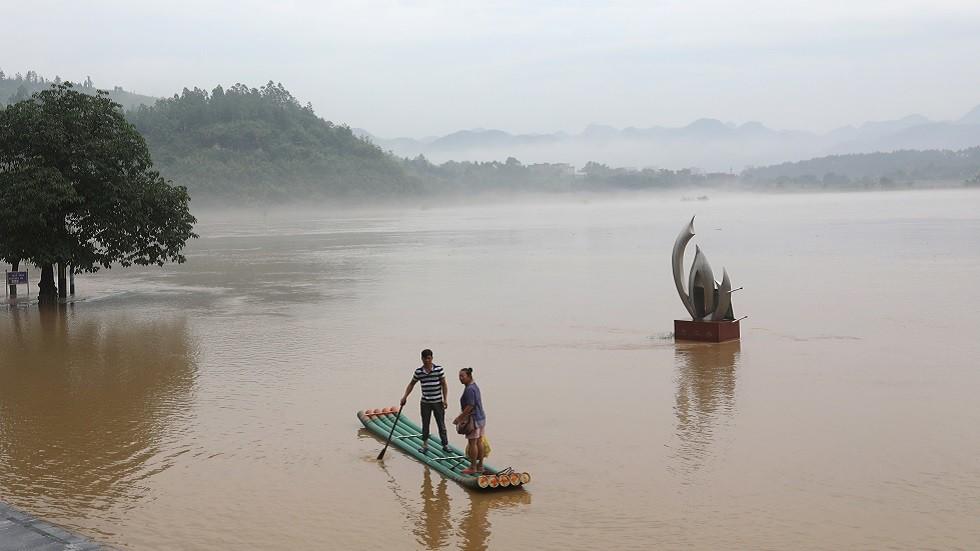 مصرع  4 سياح حاصرهم الفيضان شرقي الصين