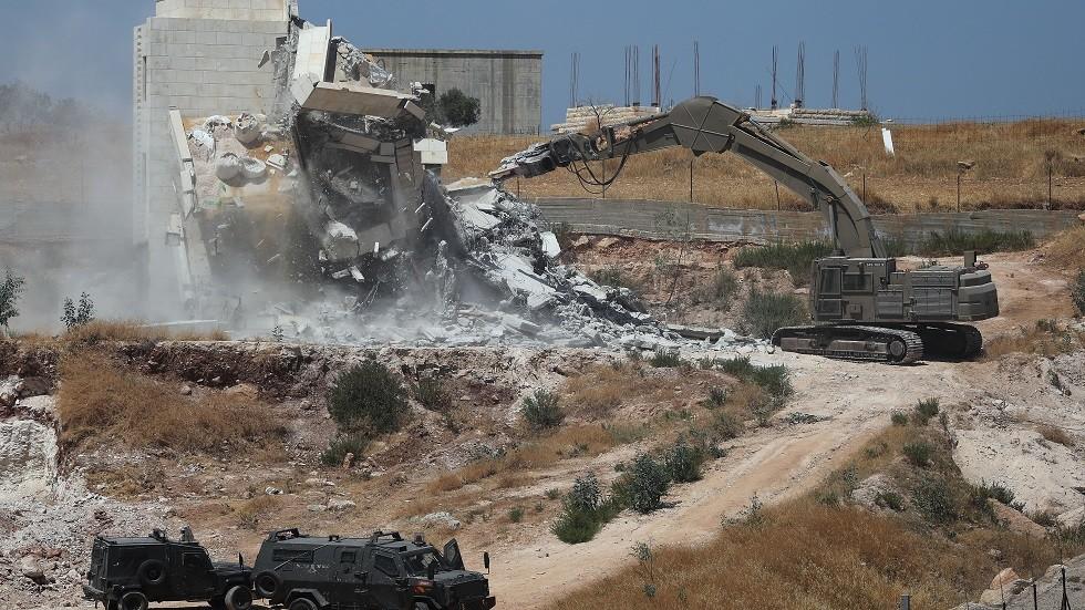 جرافات إسرائيلية تهدم بيوت الفلسطينيين في وادي الحمص