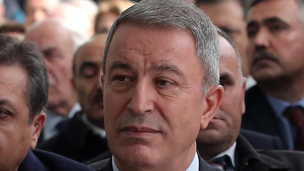 الدفاع التركية: اتفقنا مع واشنطن على بذل جهود لإقامة منطقة آمنة بسوريا