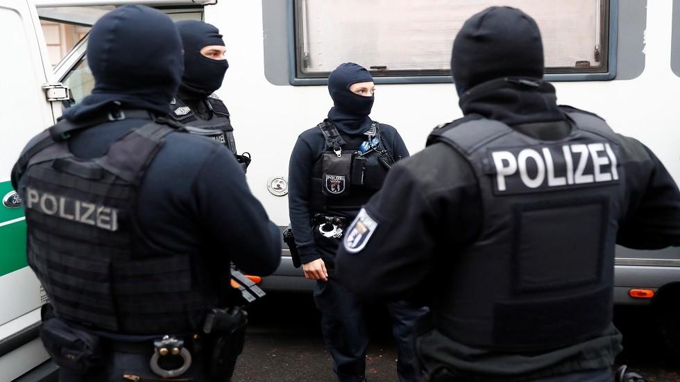 الشرطة الألمانية تثني على مواطن عراقي قبض على متهم بالقتل