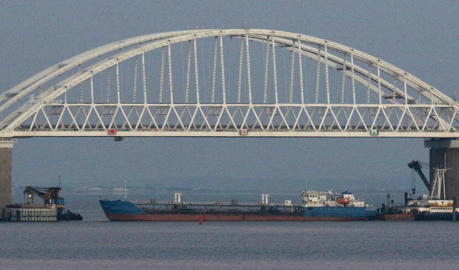 سفارة موسكو في كييف: إخلاء سبيل طاقم السفينة الروسية المحتجزة في أوكرانيا