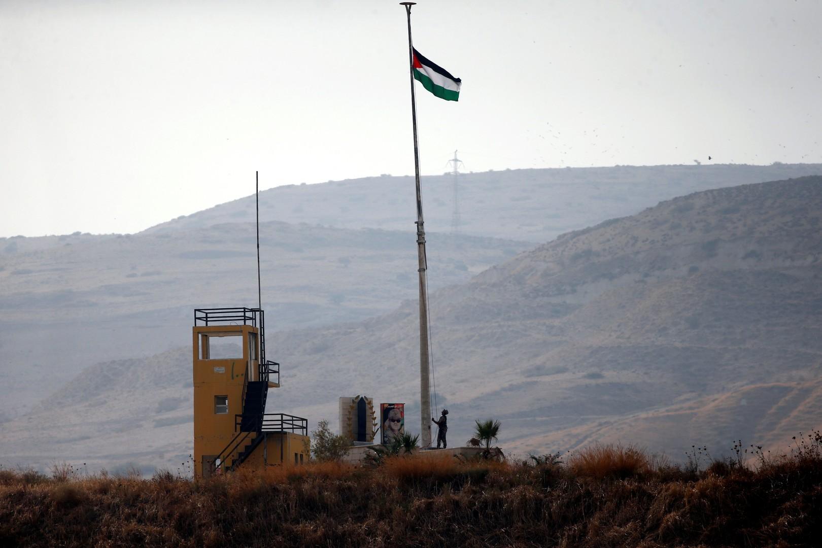 الأردن ينكس الأعلام 3 أيام حدادا على وفاة الرئيس التونسي