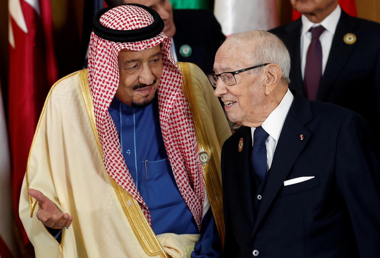 الرئيس التونسي الراحل الباجي قايد السبسي والملك سلمان بن عبد العزيز