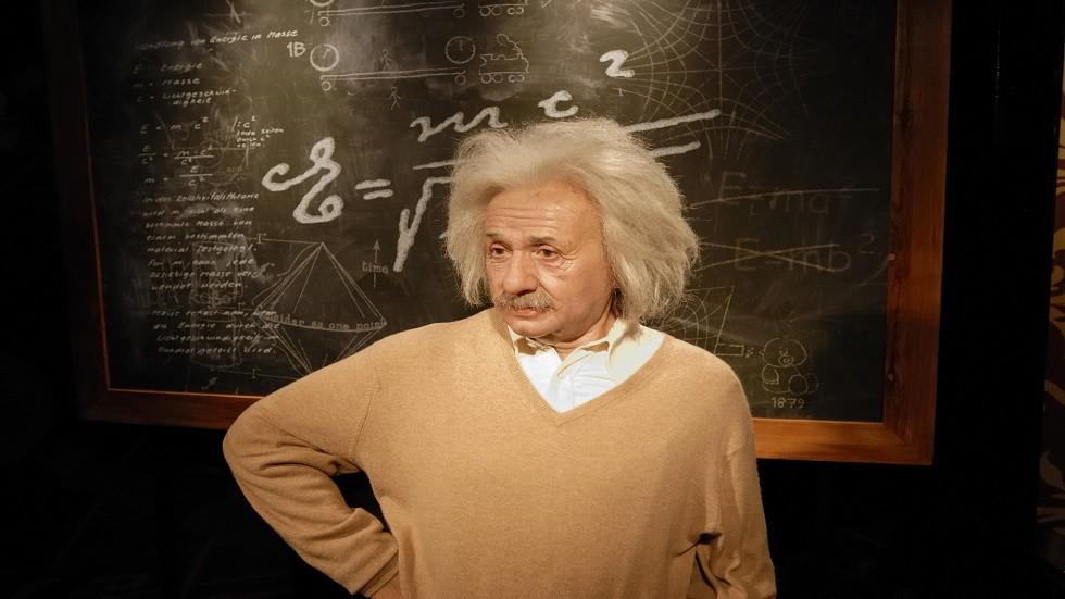 إثبات صحة النظرية النسبية