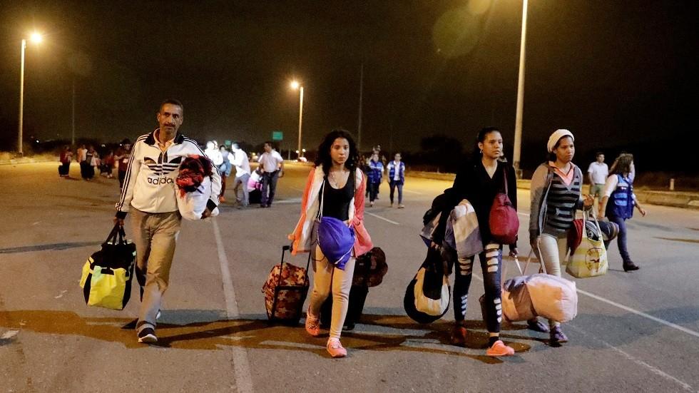 الإكوادور تفرض تأشيرات الدخول على المهاجرين الفنزويليين