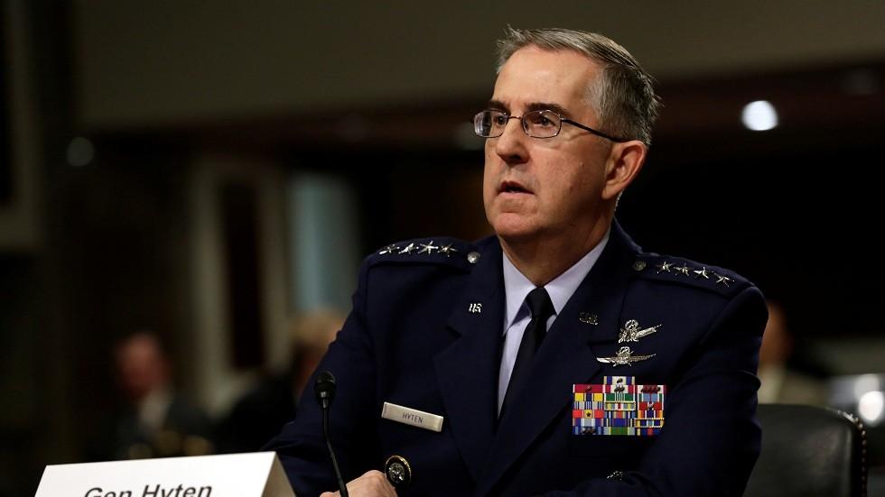 ضابطة أمريكية تتهم قائدا عسكريا رفيعا بالتحرش