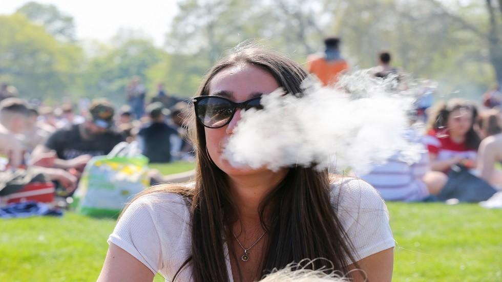 التدخين قد يصبح سببا لالتهاب البنكرياس
