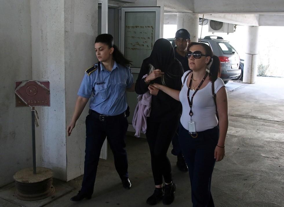 الشابة البريطانية المعتقلة في قبرص