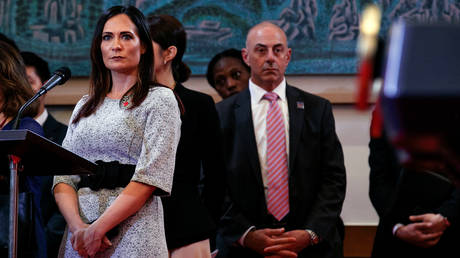 News White House spokeswoman injured in a row with North Korean officials!