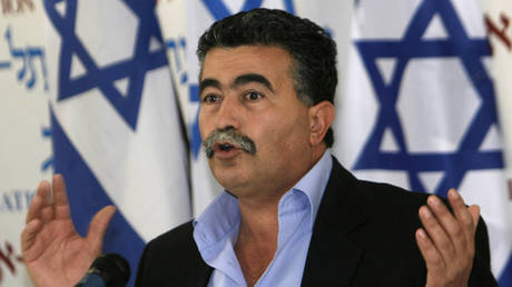 israel .. amir peretz as labor party chairman for the second time