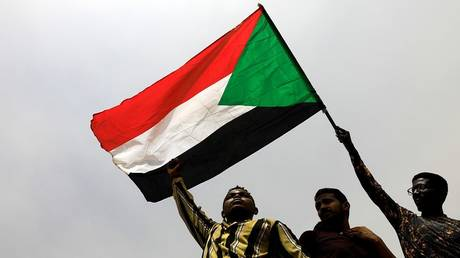 """""""Military"""" and """"Change"""" in Sudan reach an agreement on the sovereign council and government"""