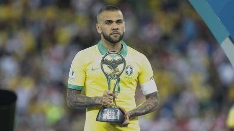Surprise .. The most Arab player crowned the titles in the history of football and not Danny Alves!