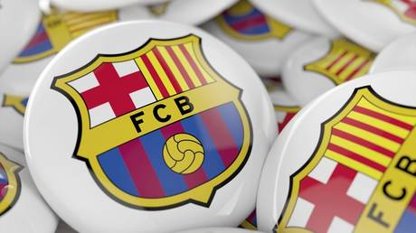 Officially .. Barcelona contracts with the jewel of England