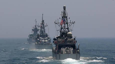 الدفاع الأمريكية تطالب ردا دوليا عقب حادث السفينة البريطانية في الخليج