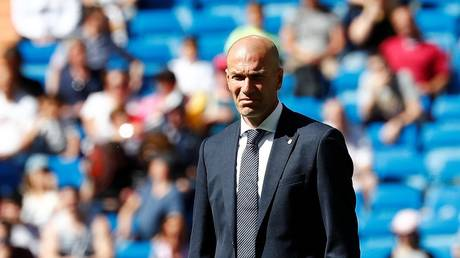 Detect the reason why Zidane left Real Madrid camp in Canada