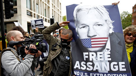 britain will not hand over assange to a country that could execute him!