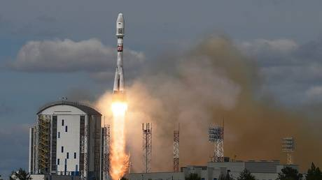 Russia may launch Saudi satellites into space
