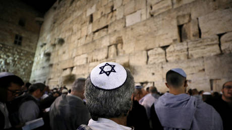 Study: Israel is religiously restricted, such as Iran and Saudi Arabia