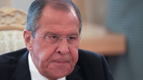 لافروف يعرب عن قلق روسيا من الوضع في منطقة الخليج