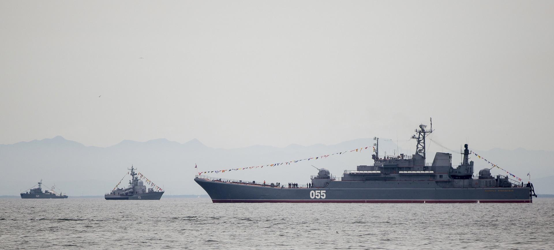 أسطول البحر الأسود الروسي يتجه نحو الخليج