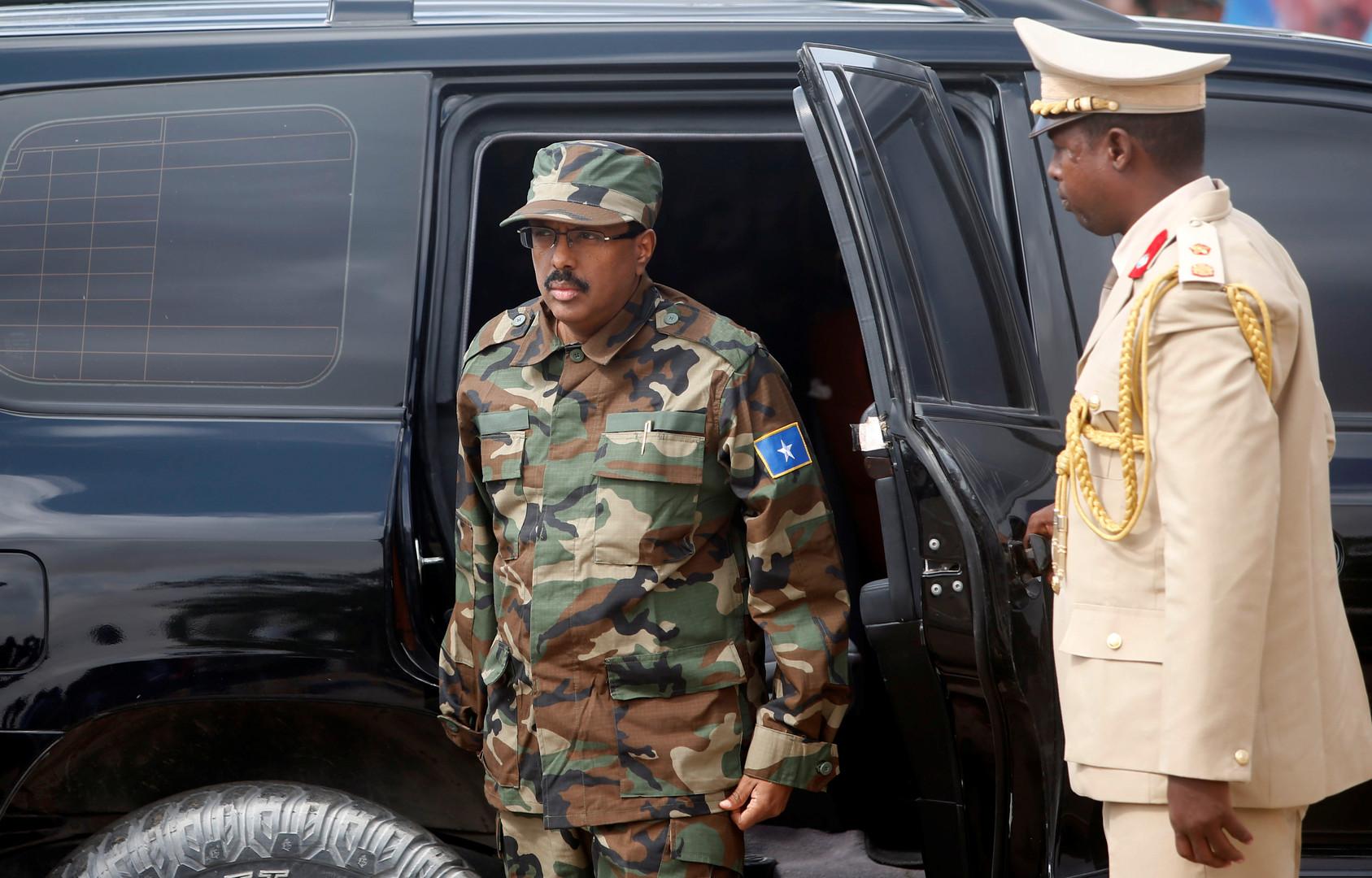 رئيس الصومال يتنازل عن الجنسية الأمريكية